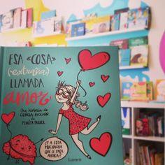 """Ya tenemos """"Esa 《cosa》(extraña) llamada amor """" de @pedritaparker . Hay muchos tipos de corazón pero cuando se enamoran... todos son iguales. Editorial Lumen. PVP: 13.95€"""