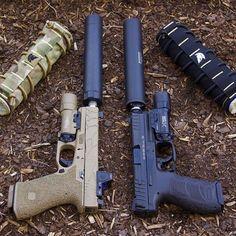 Left or right? Custom Glock17 vs HK VP9.