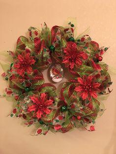 Winter Cardinal Christmas Wreath.