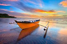Sampan Katig Sunset  by Esmar Abdul