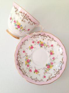Vintage Queen Anne English Bone China Teacup & by MariasFarmhouse