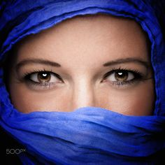 Blue scarf - null