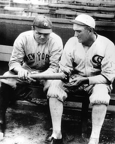 Shoeless Joe Jackson of the Chicago White Sox and the New York Yankees' Babe Ruth look at one of Babe's home run bats. Get premium, high resolution news photos at Getty Images Babe Ruth, Baseball Pictures, Sports Pictures, Yankees Pictures, Sports Baseball, Baseball Players, Baseball Stuff, Baseball Caps, Baseball Season