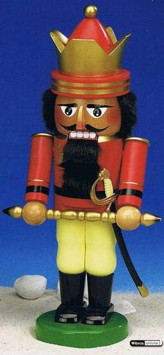 Nutcracker German King - 35 cm / 14 inch