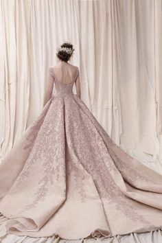 Featured Wedding Dress: Krikor Jabotian; www.krikorjabotian.com; Wedding dress idea.