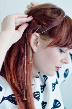 DIY | Jewelry for your hair! Use buttons to create button chain bobby pins. #diy #upcycle #hair
