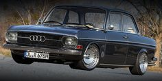 Old school Audi. Nice stance.
