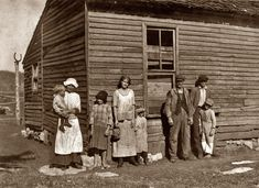 """Nov. 10, 1916. Vicinity of Bowling Green, Kentucky. """"Hazel family (very poorly educated). Children have not been to school this year although living within 1½ miles of school."""" Photograph and caption by Lewis Wickes Hine. During this era so many children were not in school and stayed home to help with farm chores."""