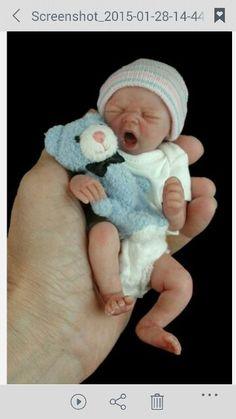 Newborn Baby Miniature.  ❤