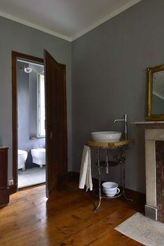 Antonia room exclusive holidays in Villa Puller www.dimoredarte.com