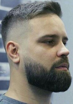 Cool Beard Styles For Handsome Men In This Year, The faded beard has changed into a popular style for hipster guys. A complete beard just increases the trendy appearance. Medium Beard Styles, Beard Styles For Men, Hair And Beard Styles, Great Beards, Awesome Beards, Short Hair Cuts, Short Hair Styles, Gents Hair Style, Beard Haircut