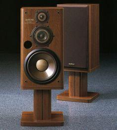 DIATONE DS-600ZX   1997 Floor Speakers, Monitor Speakers, Bookshelf Speakers, Hifi Audio, Audio Speakers, Homemade Speakers, Audio Room, Studio Gear, Speaker Stands
