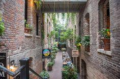 Omaha Magnolia Hotel brick alleyway