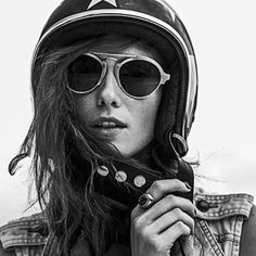 I' m a photographer with a addict passion for motorcycles and related images to the world's of moto. Cafe Racer Helmet, Cafe Racer Girl, Lady Biker, Biker Girl, Taylor Hill Style, Motorcycle Couple, Motorcycle Helmets, Biker Chick, Biker Style