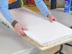 How to make an upholstered seat for a bench