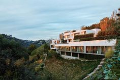 Inside the idyllic Bel Air home of Rios Clementi Hale Studios' Mark Rios - Curbed LA