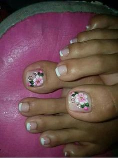 Toenail Art Designs, French Nail Designs, Pedicure Designs, Fingernail Designs, Pretty Toe Nails, Cute Toe Nails, Toe Nail Art, Flower Toe Nails, New Nail Art Design