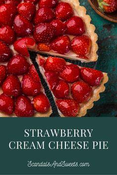 Cold Desserts, Sugar Free Desserts, Just Desserts, Delicious Desserts, Strawberry Cream Cheese Pie, Stawberry Pie, Creamy Layer, Strawberry Dessert Recipes, Cheesecake Recipes