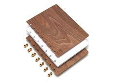 Refillable Wood Notebooks from Pacific & West - Design Milk Pacific West, 3d Cnc, Wooden Books, Planners, Book Binding, Sustainable Living, Zero Waste, Bujo, Wood Projects