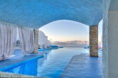 Astarte suites Santorini Greece