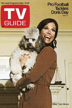 2/04/15  10:09p  ''Mary Tyler Moore  Show''   TV Guide September 19-25, 1970  Article:   Pro-Football Tackles Doris Day  Cover Photo: Mary Tyler Moore  and Friend