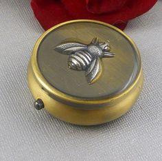 Píldora de la caja, caso de la píldora, vintage, regalo, pastillero, envase de la píldora, píldora titular, caja, caja, Bumble Bee, abeja