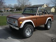 My Dream Car (3 of 3)... early model Ford Bronco Convertible. I'll even take the Root Beer color on this one! ;)