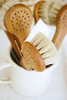 natural wooden brushes.