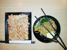 Okonomiyaki vs Ramen 🍜