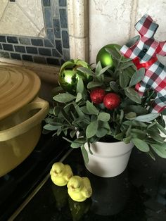 small christmas pot with green baubles on stove beside yellow pot Elegant Christmas Decor, Simple Christmas, Christmas Decorations, Party Planning, Stove, Interior Design, Yellow, Green, Easy