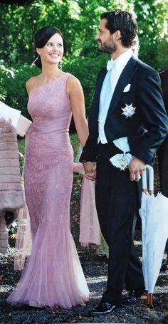 Sofia and Carl Philip. Princesa Victoria, Princesa Diana, Prinz Carl Philip, Princess Diana Wedding, Princess Sofia Of Sweden, Swedish Royalty, Sofia Party, Tangled Birthday, Tangled Party
