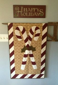 cornbread and beans blog 072 Quilt Hangers, Quilt Racks, Sewing Hacks, Sewing Projects, Quilt Display, Quilted Wall Hangings, Quilt Making, Candy Cane, Christmas Crafts