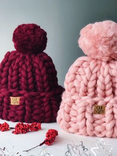 Women's wool knit hat, Super Chunky Beanie, Chunky Knit Beanie Pom Pom, Winter Knit Hat Pom Knitting , lace processing is probably the most beautiful hobbies that girls will not give up. Arm Knitting, Knitting Patterns, Pom Pom Hat, Pom Pon, Knitted Hats, Crochet Hats, Winter Knit Hats, Chunky Wool, Knit Beanie
