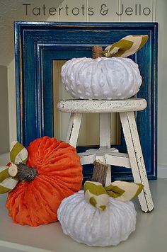 plush minky pumpkins tutorial from the 101 list- these are so cute I had to pin them separately! Fall Crafts, Decor Crafts, Holiday Crafts, Diy Crafts, Harvest Decorations, Thanksgiving Decorations, Halloween Decorations, Fall Halloween, Halloween Crafts