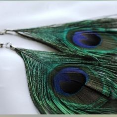 ✨Peacock feather earrings✨ Handmade. Never worn. Each pair unique. You'll get lots of compliments! Jewelry Earrings