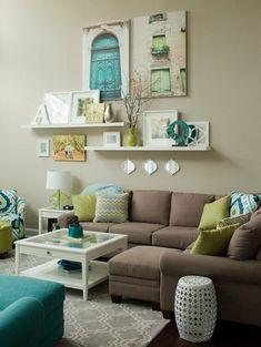 оформление стены над диваном - цвета