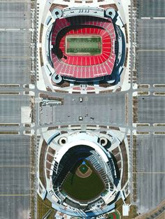 Arrowhead Stadium / Kauffman Stadium Kansas City, Missouri 39°3′5″N 94°28′50″W homes to the Kansas City Chiefs (football) and Kansas City Royals (baseball). The combined seating capacity of the stadiums is 114,319.