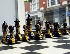 Výsledek obrázku pro šachy sherlock holmes