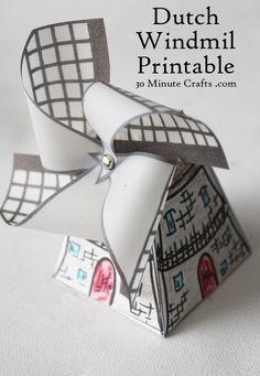 Dutch Windmill Printable - print out the pieces, color, cut out, and glue together. A great craft for kids learning about The Netherlands. Craft Activities, Preschool Crafts, Paper Toys, Paper Crafts, World Thinking Day, Freebies, We Are The World, Dutch Windmill, Paper Windmill