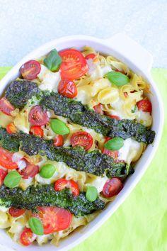 Tomaten-Mozzarella-Auflauf Pesto, Tomate Mozzarella, Vegetable Pizza, Pasta Salad, Food And Drink, Vegetables, Ethnic Recipes, Live, Gratin