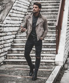 "Gefällt 119.4 Tsd. Mal, 627 Kommentare - Mariano Di Vaio (@marianodivaio) auf Instagram: ""New favorite suede jacket ! @NOHOW new stuff online! #NOHOW #ad #madeInItaly"""