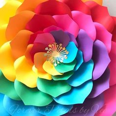 Paper Flowers Craft, Paper Flower Wall, Giant Paper Flowers, Flower Crafts, Paper Crafts, Flower Wall Backdrop, Rainbow Paper, Paper Flower Tutorial, Colored Paper
