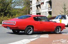 1968 Plymouth Barracuda, Plymouth Valiant, Best Muscle Cars, American Muscle Cars, Pontiac Gto, Chevrolet Camaro, Corvette, Car Humor, Mopar