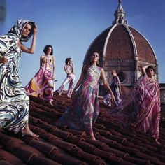 Pucci designs atop the Cathedral Santa Maria del Fiore in Florence, 1967. Photographed by Philippe le Tellier   http://misspeelpants.tumblr.com/post/133588739006