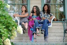 """This image released by IFC Films shows Elizabeth Olsen, Jane Fonda and Catherine Keener in a scene from """"Peace Love and Misunderstanding."""""""