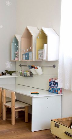 Baby Room Decor, Living Room Decor, Bedroom Decor, Big Girl Bedrooms, Kids Bedroom, Wooden Wall Design, Ikea Play Kitchen, House Shelves, Toddler Rooms