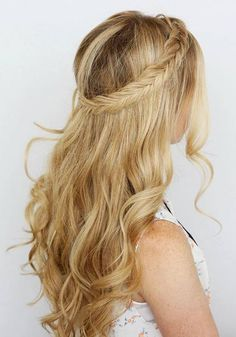 Long Wedding & Prom Hairstyles via Missysueblog / http://www.deerpearlflowers.com/wedding-prom-hairstyles-for-long-hair/2/
