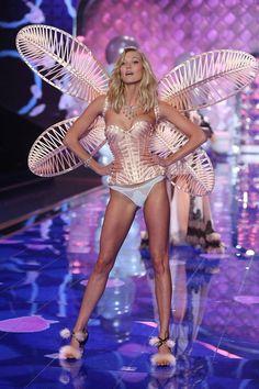 Le défilé Victoria's Secret 2014 Karlie Kloss