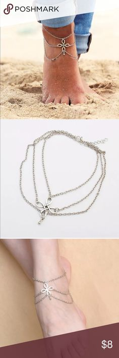 Silver triple layered anklet Brand-new comes in silver Jewelry Bracelets