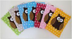 Neuvolakortin kannet pöllö aplikaatiolla    3x tyttöväri  1x poikaväri HUOM! VAIN NÄMÄ KANNET,EI MUUNLAISIA!